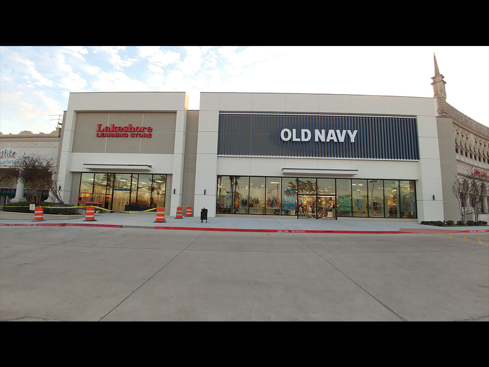 Old navy facade renovation gibson commercial construction for What time does old navy open today